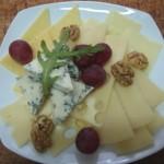 1.сырная тарелка